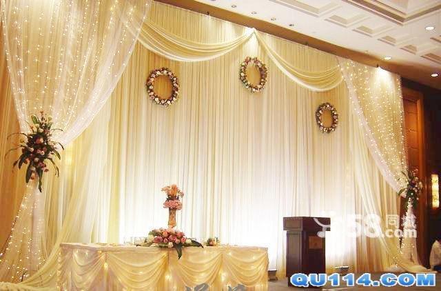 婚礼现场布置:欧式纱幔背景装饰浪漫创意装饰