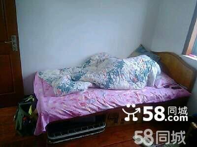老式木板床看过来哦图片