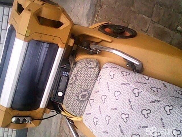 踏板车油封漏油 踏板车气门油封 半轴油封漏油的原因高清图片