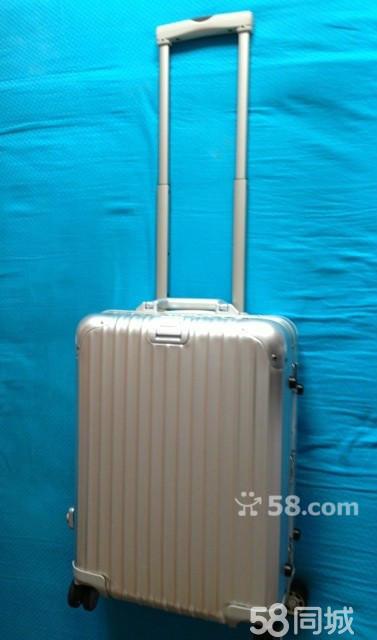 型号93252.大小符合飞机手拎行李国际标准