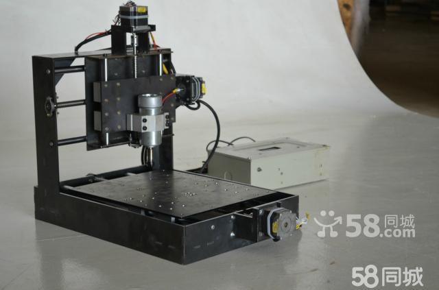 cnc小型数控电脑雕刻机 三轴数控铣床