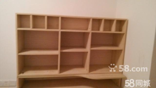 基本状况:桌子 电脑桌 新款时尚书桌电脑台,配有书架,置物架,木材