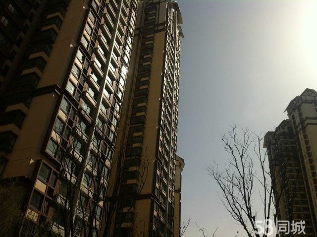 龚书楷先生的著名代表作有香港中银大厦,深圳华侨城等 房子户型好