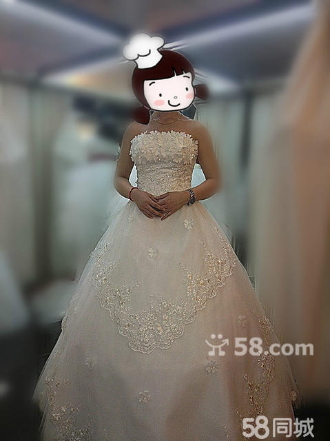 穿婚纱戴皇冠手绘图片