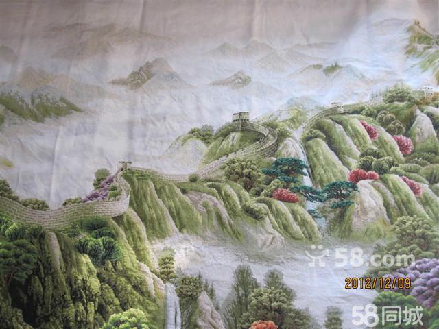 以长城为主题,手绘彩色云纹面料