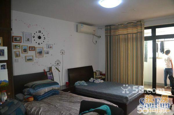 同济大学研究生女生宿舍铁岭路28弄 - 杨浦五角