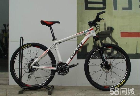 求推荐一款捷安特或美利达山地自行车