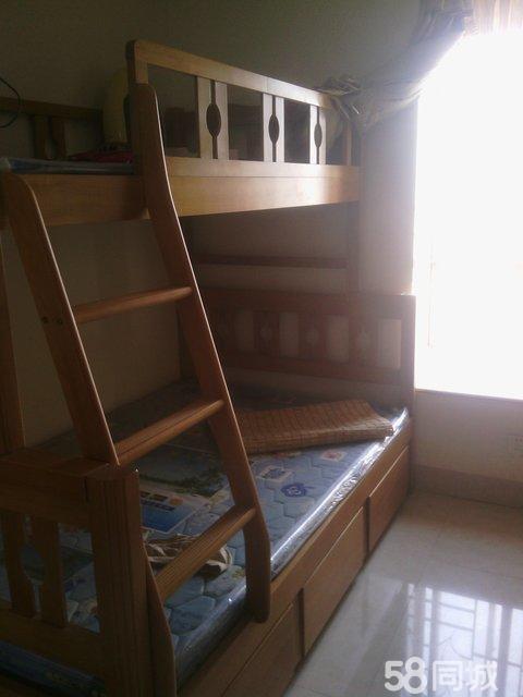 大学六人宿舍_宿舍房间