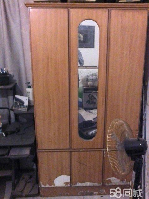 【图】衣柜 电脑桌 - 莲都老人公园二手家具 - 丽