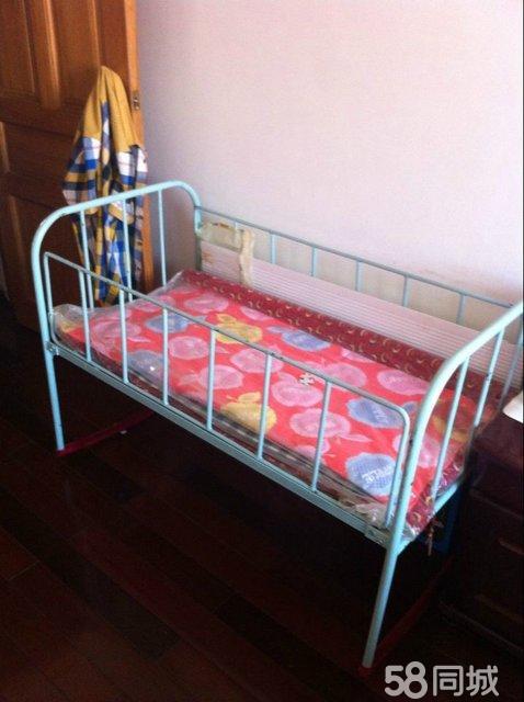 本款婴儿床是纯手工打造