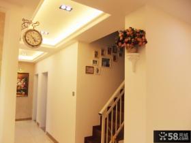 欧式私人小别墅楼梯间装修效果图片