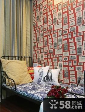 儿童房墙上照片装饰效果图