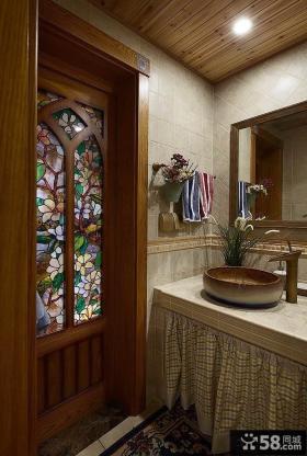 美式家居卫生间门效果图