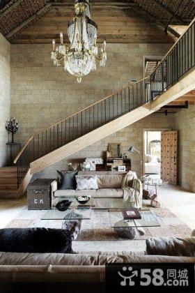 别墅客厅楼梯装修效果图