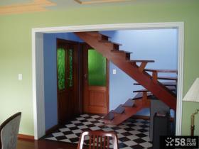 复式家装实木楼梯设计