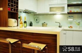吧台式小厨房装修设计
