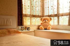 简单设计卧室飘窗欣赏