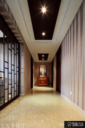2013中式风格走廊过道吊顶装修效果图欣赏