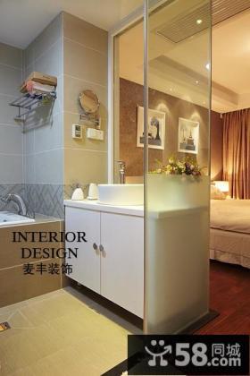 现代风格两室两厅餐厅吊顶灯效果图