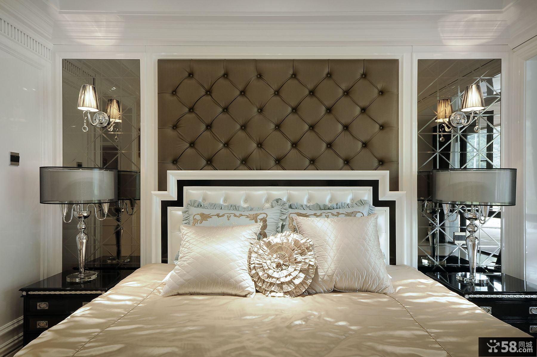 后现代卧室床头背景墙装饰图片