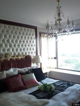 现代卧室装饰水晶吊灯图片欣赏