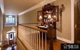美式田园风格楼梯间书柜效果图
