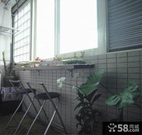 现代封闭式阳台设计效果图