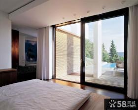 现代卧室阳台推拉门效果图