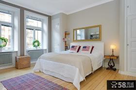 80后精心打造简欧风格小户型卧室飘窗装修效果图