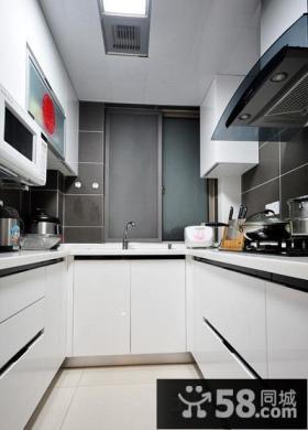 U型小厨房烤漆橱柜图片
