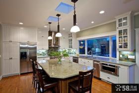 家庭设计厨房飘窗效果图