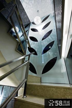 复式住宅楼梯间设计效果图