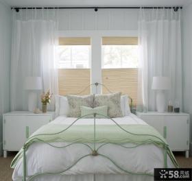 简约卧室床装饰