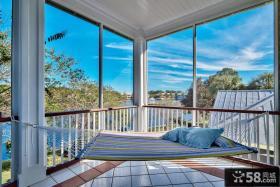 吊椅阳台休闲设计