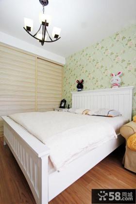 欧式风格卧室碎花壁纸图片