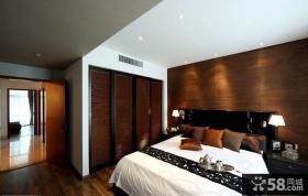 复式卧室床头实木背景墙效果图