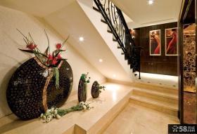 现代家装别墅楼梯间设计