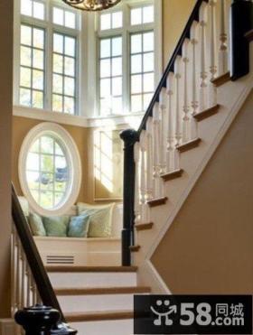简约风格农村小别墅楼梯设计效果图