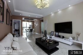 现代简约风格客厅瓷砖电视背景墙设计图片