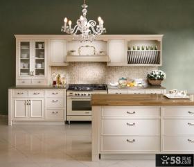 欧式整体厨房橱柜装修效果图