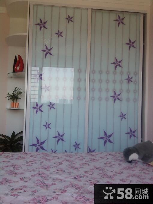 简单家具卧室衣柜颜色效果图