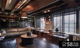 复式美式客厅