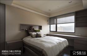 小户型卧室窗台装饰效果图