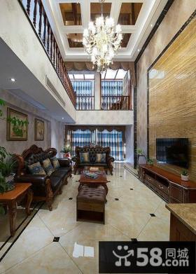 美式跃层客厅设计电视背景墙