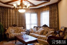 美式风格小客厅吊顶效果图