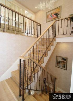 家装别墅楼梯间设计
