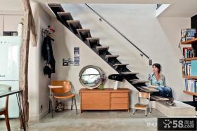 阁楼楼梯装修设计