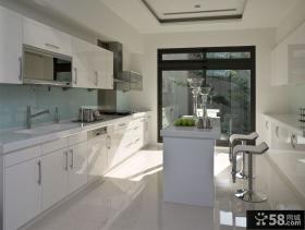 120平米三居室现代风格厨房装修效果图