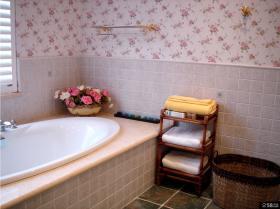 美式风格卫生间浴室架效果图