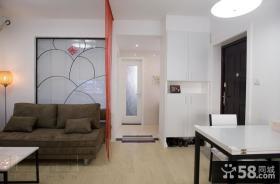 现代风格客厅进门玄关装修效果图